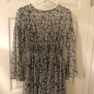 Adorable floral dress from Zara!